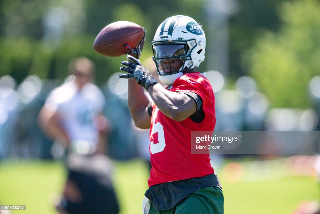 Quarterback Teddy Bridgewater #5 of the New York Jets participates in showing drills during the final day of Jets mandatory minicamp on June 14, 2018 at The Atlantic Health Jets Training Center in Florham Park, New Jersey.