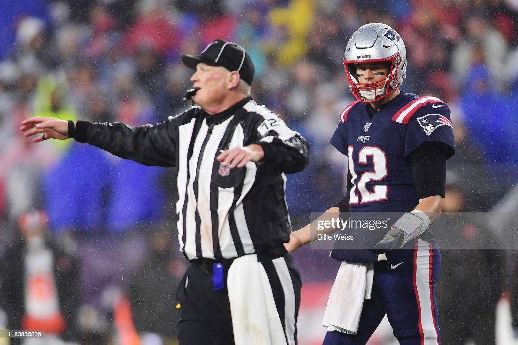 Cleveland Browns v New England Patriots : News Photo