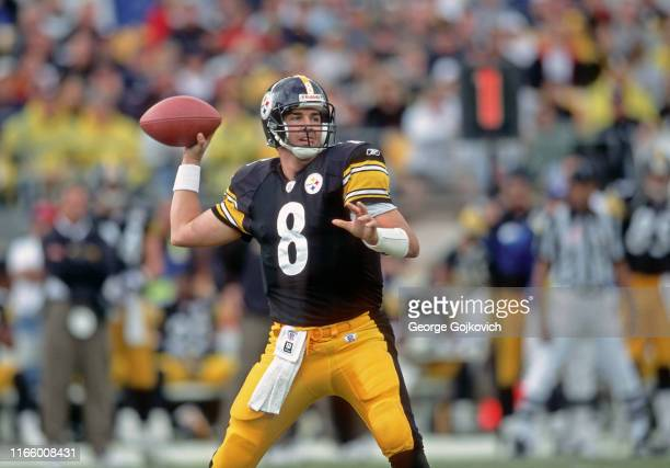 Quarterback Tommy Maddox of the Pittsburgh Steelers passes during a game against the Atlanta Falcons at Heinz Field on November 10, 2002 in...