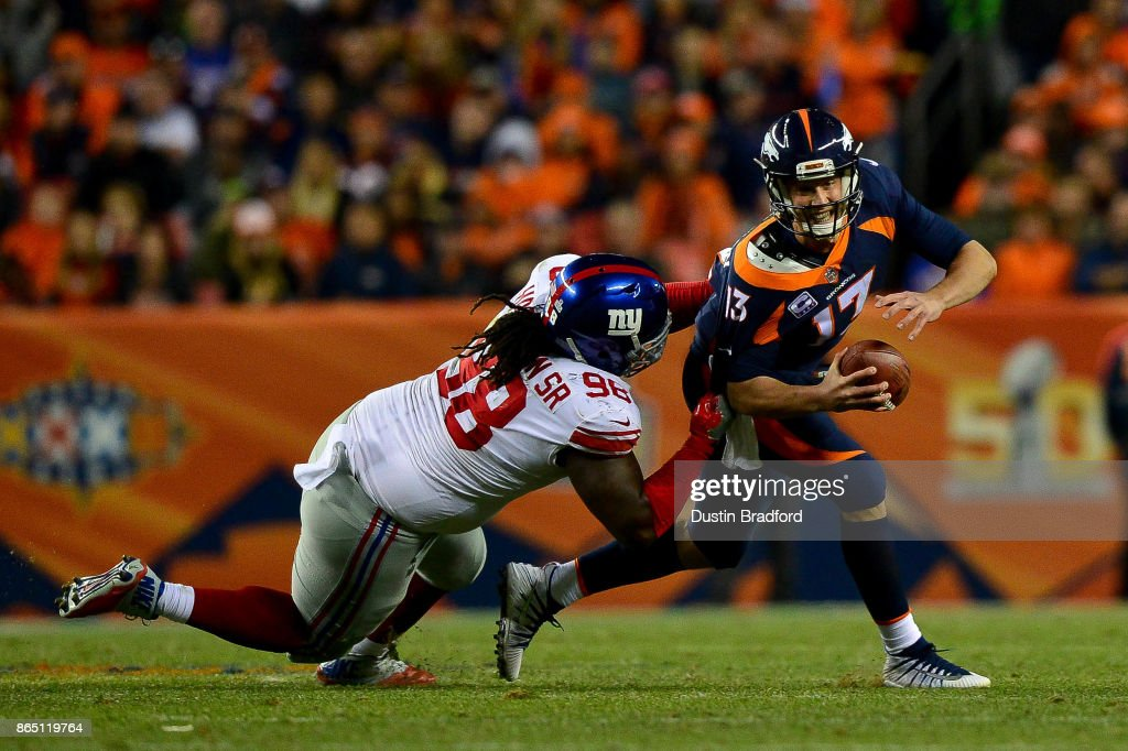 New York Giants v Denver Broncos : News Photo