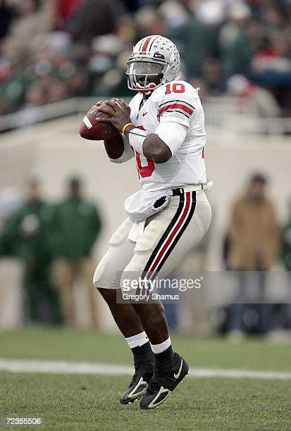 Quarterback Troy Smith of the Ohio State Buckeyes looks to pass the ball during the game against the Michigan State Spartans on October 14, 2006 at...