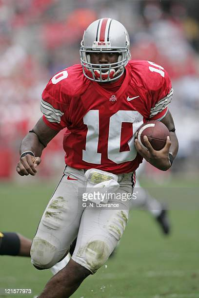 Quarterback Troy Smith of the Ohio State Buckeyes runs in for a touchdown against the Iowa Hawkeyes at Ohio Stadium in Columbus, Ohio on Sept. 24,...