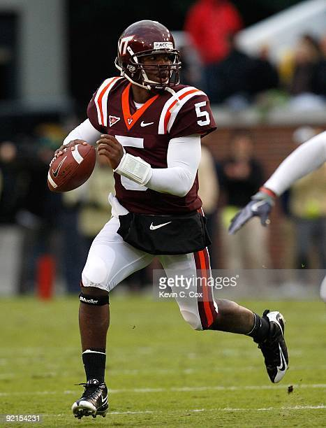 Quarterback Tyrod Taylor of the Virginia Tech Hokies against the Georgia Tech Yellow Jackets at Bobby Dodd Stadium on October 17, 2009 in Atlanta,...