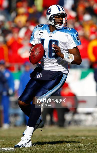 Quarterback Vince Young of the Tennessee Titans in action during the game against the Kansas City Chiefs on December 16 2007 at Arrowhead Stadium in...