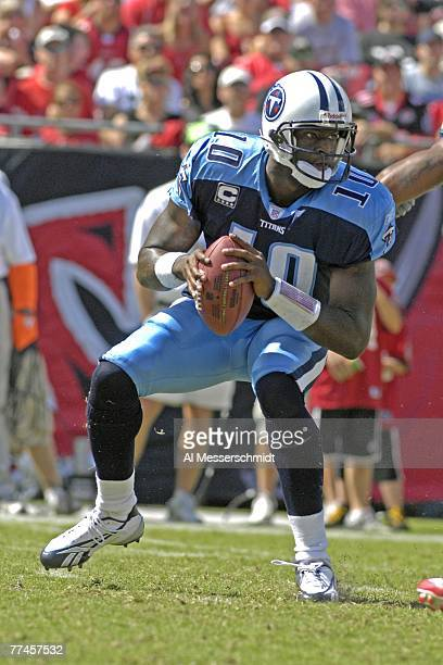 Quarterback Vince Young of the Tennessee Titans looks to pass against the Tampa Bay Buccaneers at Raymond James Stadium on October 14, 2007 in Tampa,...
