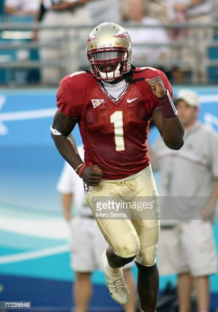 Quarterback Xavier Lee of the Florida State Semilnoles celebrates a touchdown pass against the University of Alabama September 29, 2007 at...