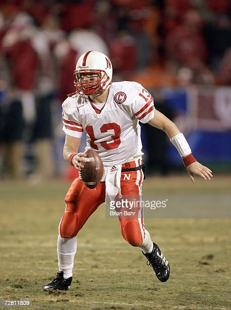 Quarterback Zac Taylor of the Nebraska Cornhuskers runs with the ball against the Oklahoma Sooners late in the fourth quarter of the 2006 Dr Pepper...