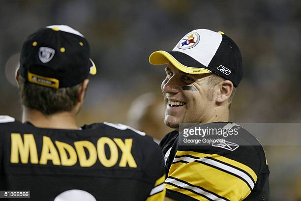 Quarterbacks Ben Roethlisberger and Tommy Maddox of the Pittsburgh Stelers talk during the Carolina Panthers 16-13 preseason game victory over the...