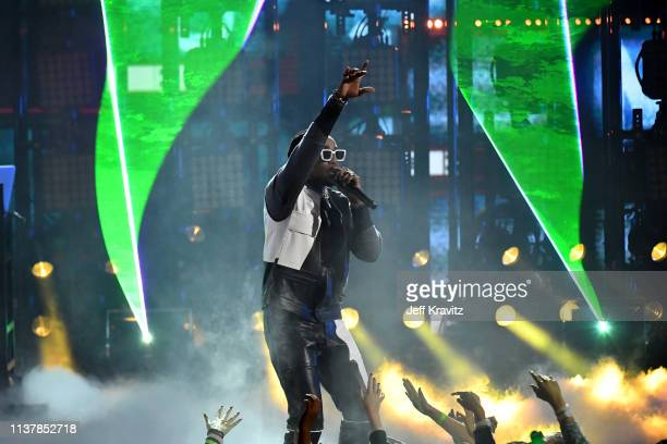 Quavo of musical group Migos perform onstage at Nickelodeon's 2019 Kids' Choice Awards at Galen Center on March 23 2019 in Los Angeles California