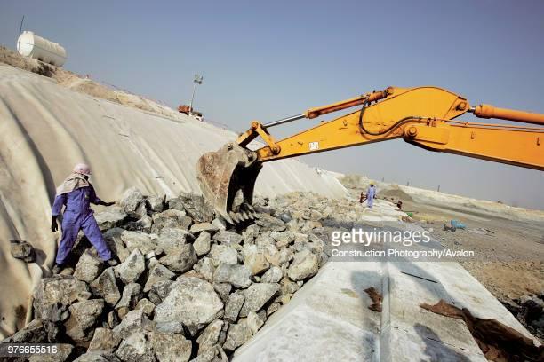Quay Wall Dubai Creek extention site at the Dubai Business Bay Dubai United Arab Emirates September 2005 Construction work has started on the quay...