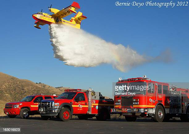 Quebec 2 makes a drop over LACOFD Engine 75, Patrol 73, Battalion 6 during a training excercise in Browns Canyon.