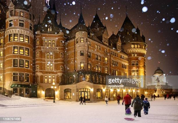 quebec city chateau frontenac in winter, canada - quebec city stock pictures, royalty-free photos & images