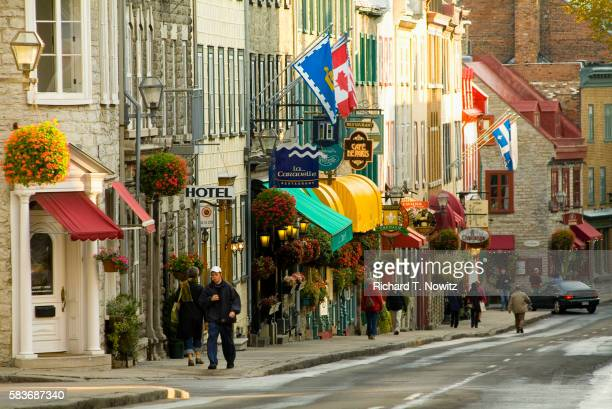 quebec city street scene - quebec stock pictures, royalty-free photos & images
