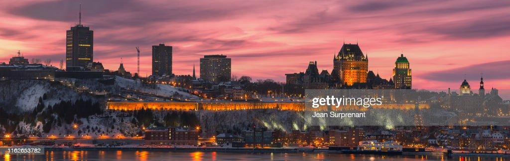 Quebec_city_winter_sunset_pano_DRI : Stock Photo
