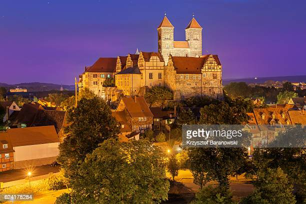 quedlinburg castle hill - saxony anhalt stock pictures, royalty-free photos & images