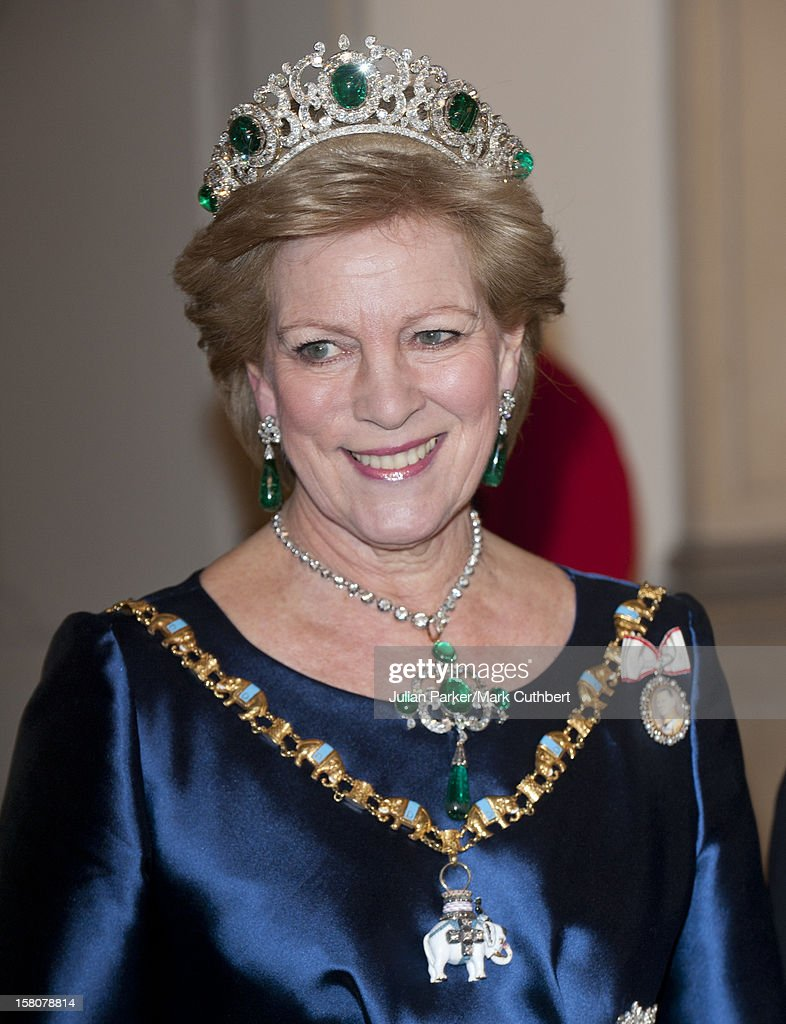 ** ** Queen Anne Marie Of Greece Arriving At A Gala Dinner At Christiansborg Palace To Celebrate 40 Years On The Throne Of Queen Margrethe Ii Of Denmark In Copenhagen, Denmark.