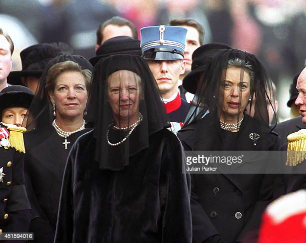 L R Queen Anne Marie of Greece Queen Margrethe of Denmark and Princess Benedicte of Denmark at Copenhagen Station during the Funeral procession of...