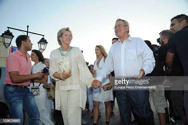Queen Anne-Marie and King Constantine of Greece attend the pre-wedding reception at the Poseidon Hotel on August 24, 2010 in Spetses, Greece. The...