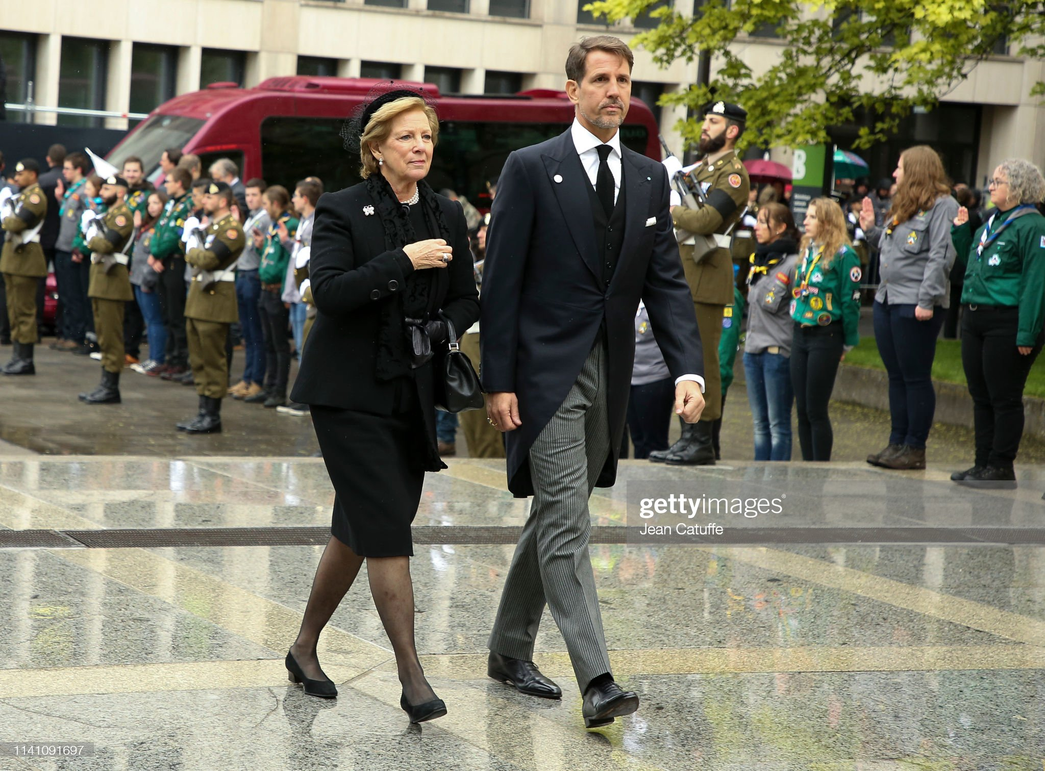 Похороны Великого Герцога Жана https://media.gettyimages.com/photos/queen-annemarie-of-greece-and-pavlos-crown-prince-of-greece-arrive-at-picture-id1141091697?s=2048x2048