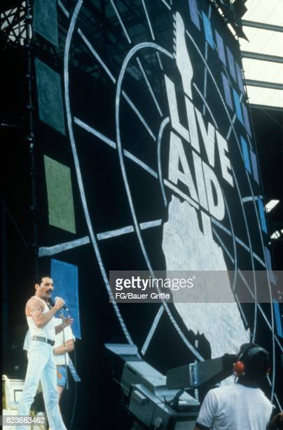 Queen at Live Aid on July 13 1985 in London United Kingdom 170612F1