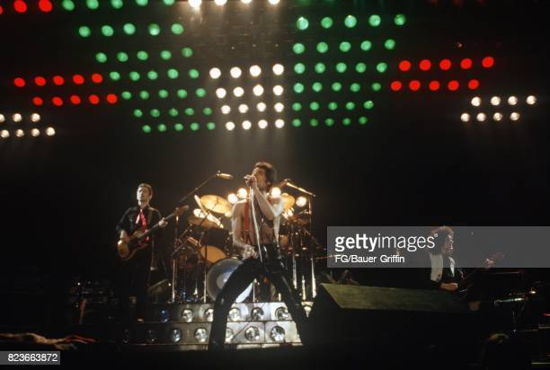 Queen at the Munich Olypiahalle on November 02, 1979 in Munich, Federal Republic of Germany. 170612F1