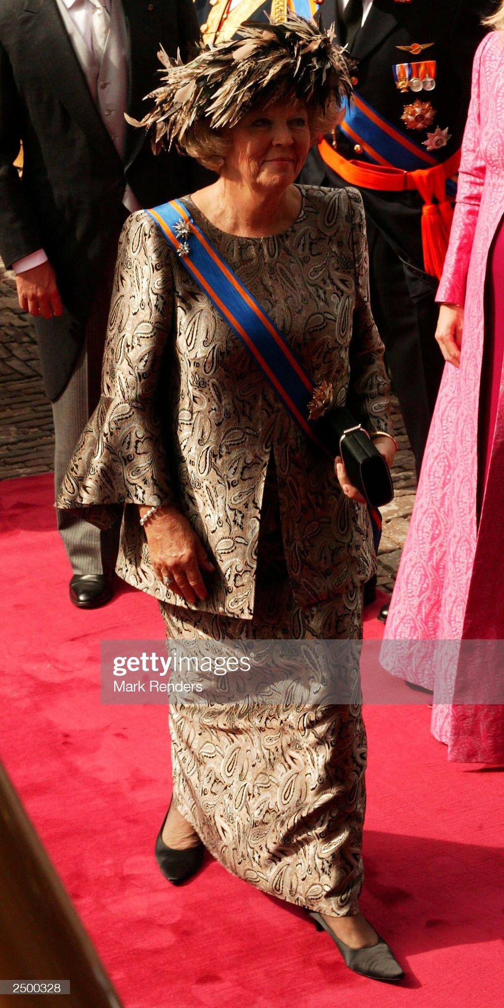 Queen Beatrix : News Photo
