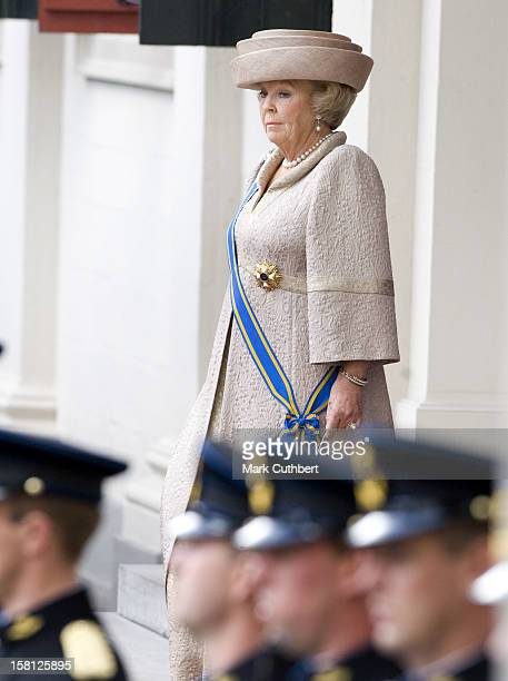 Queen Beatrix Of Holland With The Rest Of The Dutch Royal Family At Noordeinde Palace In Den Haag During The Prince'S Day Celebrations.