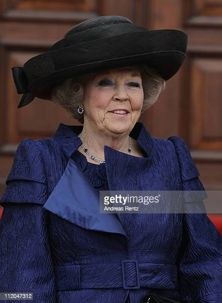Queen Beatrix of the Netherlands smiles upon her arrival at Bellevue Presidential Palace on April 12 2011 in Berlin Germany The Dutch royals are on a...