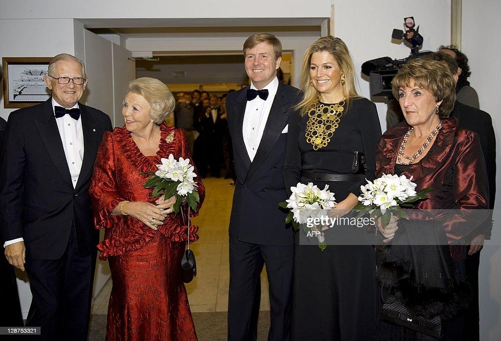 Queen Beatrix, Prince of Orange Willem-A : News Photo