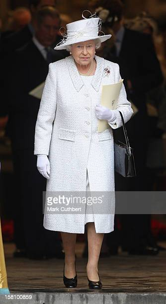 Queen Elizabeth Attends A Service Celebrating Her And Prince Philip The Duke Of Edinburgh'S 60Th Diamond Wedding Anniversary At Westminster Abbey In...