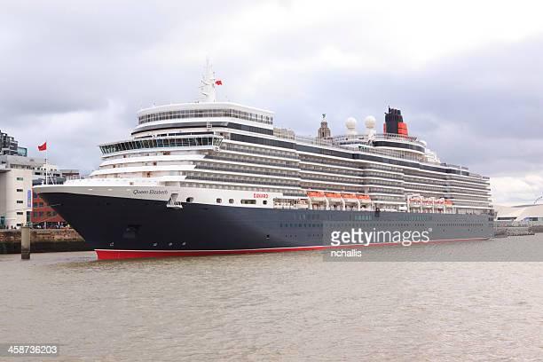 queen elizabeth cruise ship - rms queen elizabeth stock photos and pictures