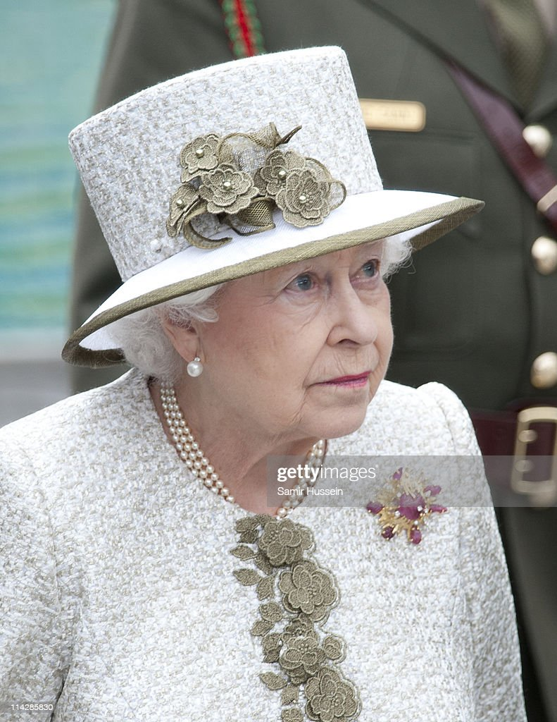 Queen Elizabeth II And Prince Philip State Visit to Ireland - Day 1 : News Photo