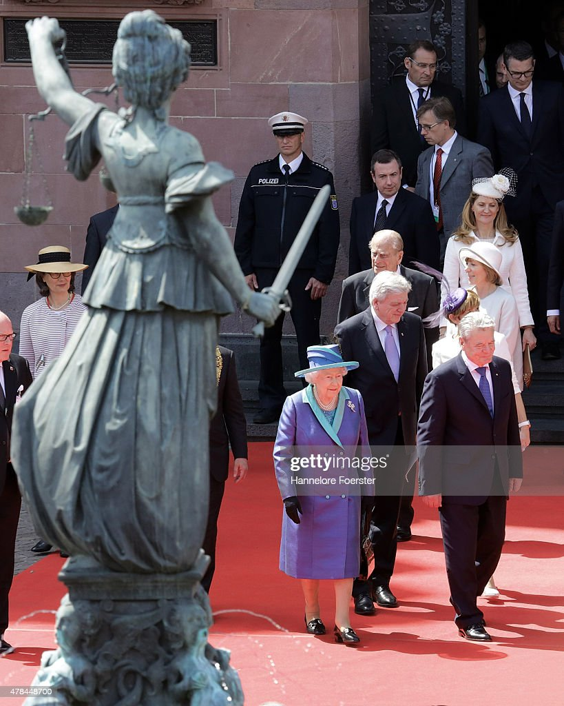 Queen Elizabeth II and her husband Prince Philip, Duke of Edinbourg, leave the townhall of Frankfurt on June 25, 2015 in Frankfurt am Main, Germany.