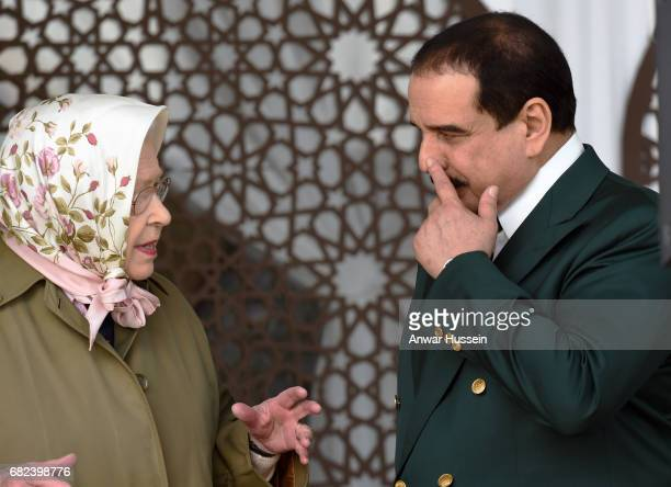 Queen Elizabeth II and King Hamad bin Isa Al Khalifa of Bahrain attend the Endurance Event at the Windsor Horse Show on May 12, 2017 In Windsor,...