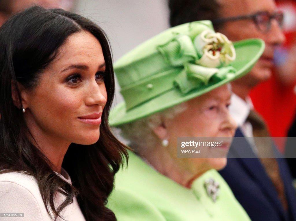 The Duchess Of Sussex Undertakes Her First Official Engagement With  Queen Elizabeth II : Nachrichtenfoto