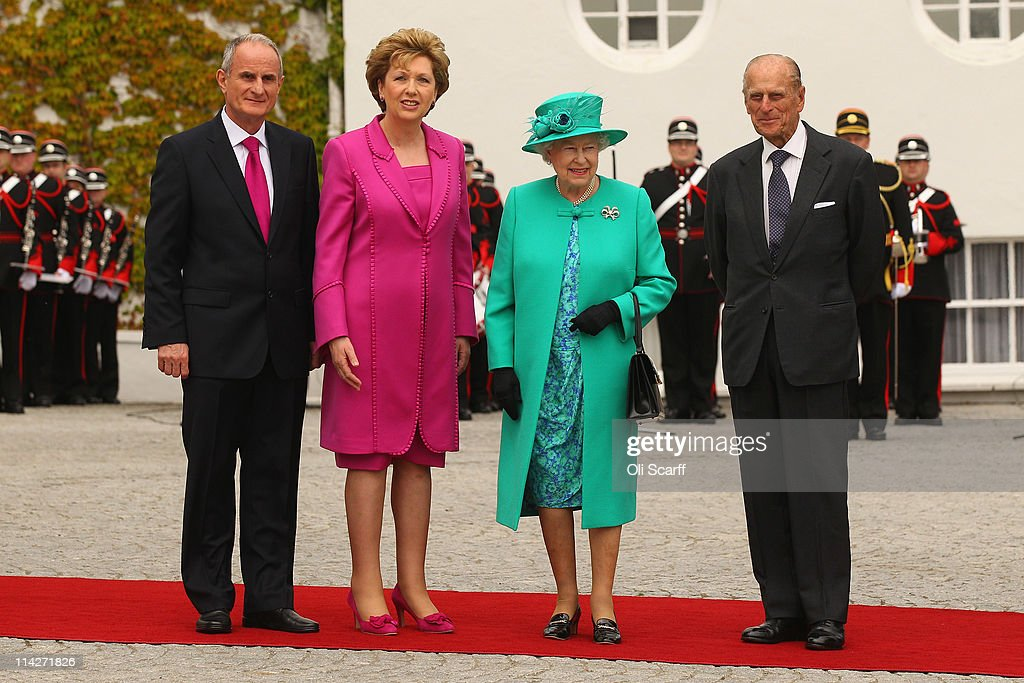 Queen Elizabeth II's Historic Visit To Ireland - Day One : News Photo