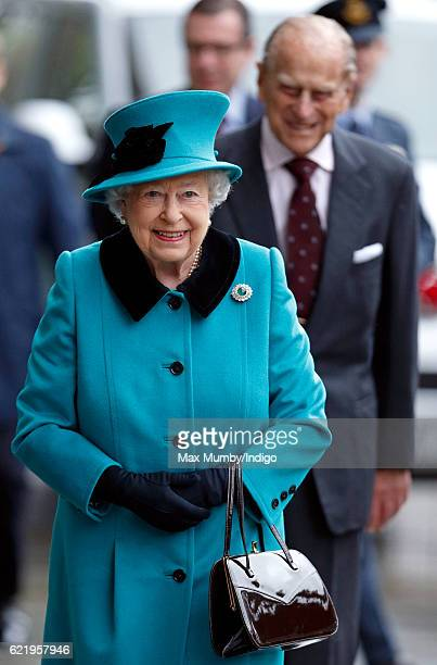 Queen Elizabeth II and Prince Philip Duke of Edinburgh arrive to open the Francis Crick Institute on November 9 2016 in London England The Francis...