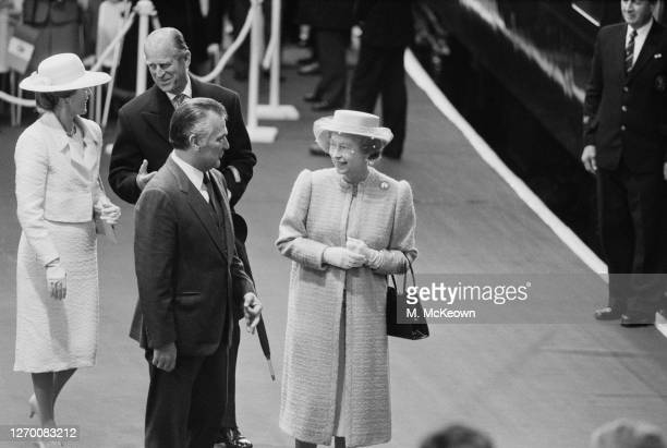 Queen Elizabeth II and Prince Philip Duke of Edinburgh greet Mexican President Miguel de la Madrid and his wife Paloma at Victoria Station at the...