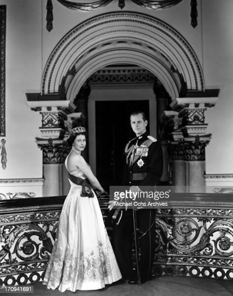 Queen Elizabeth II And Prince Philip Portrait Pictures ...