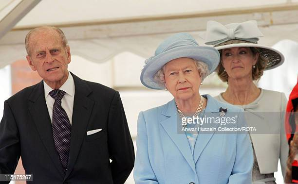 Queen Elizabeth II and Prince Philip Duke of Edinburgh visit Romsey Abbey with Lady Braybourne for a service to commemorate the 400th anniversary of...