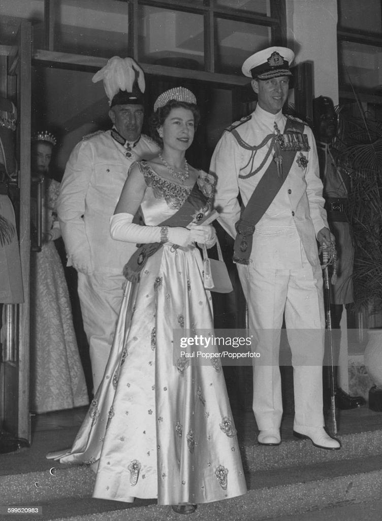 Queen Elizabeth II And Prince Philip In Nigeria : News Photo