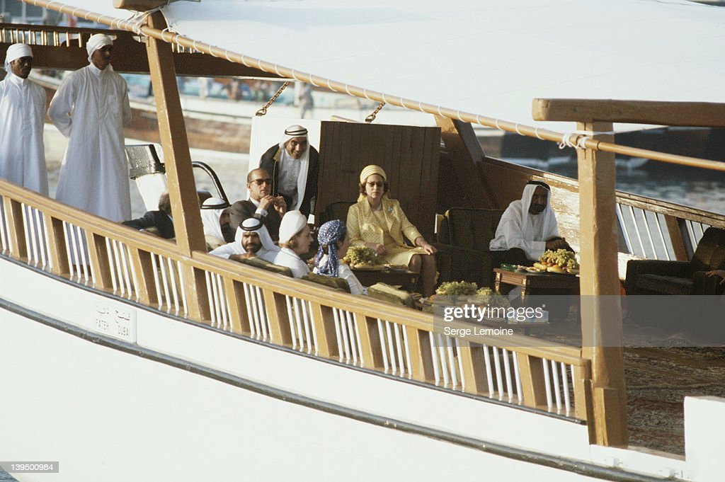 Queen In Qatar : News Photo