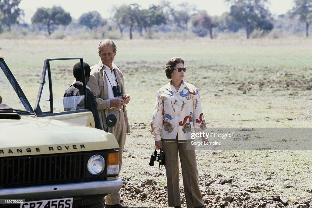 Queen In Zambia : Fotografía de noticias