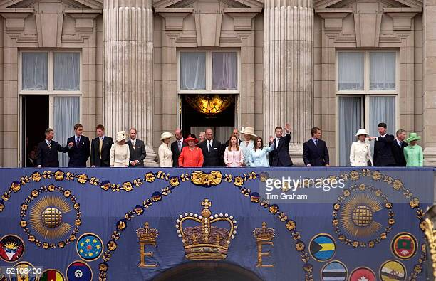 Queen Elizabeth II And Prince Philip On The Balcony Of Buckingham Palace Greeting A Huge Crowd At The End Of A Hectic Golden Jubilee Day Left To...