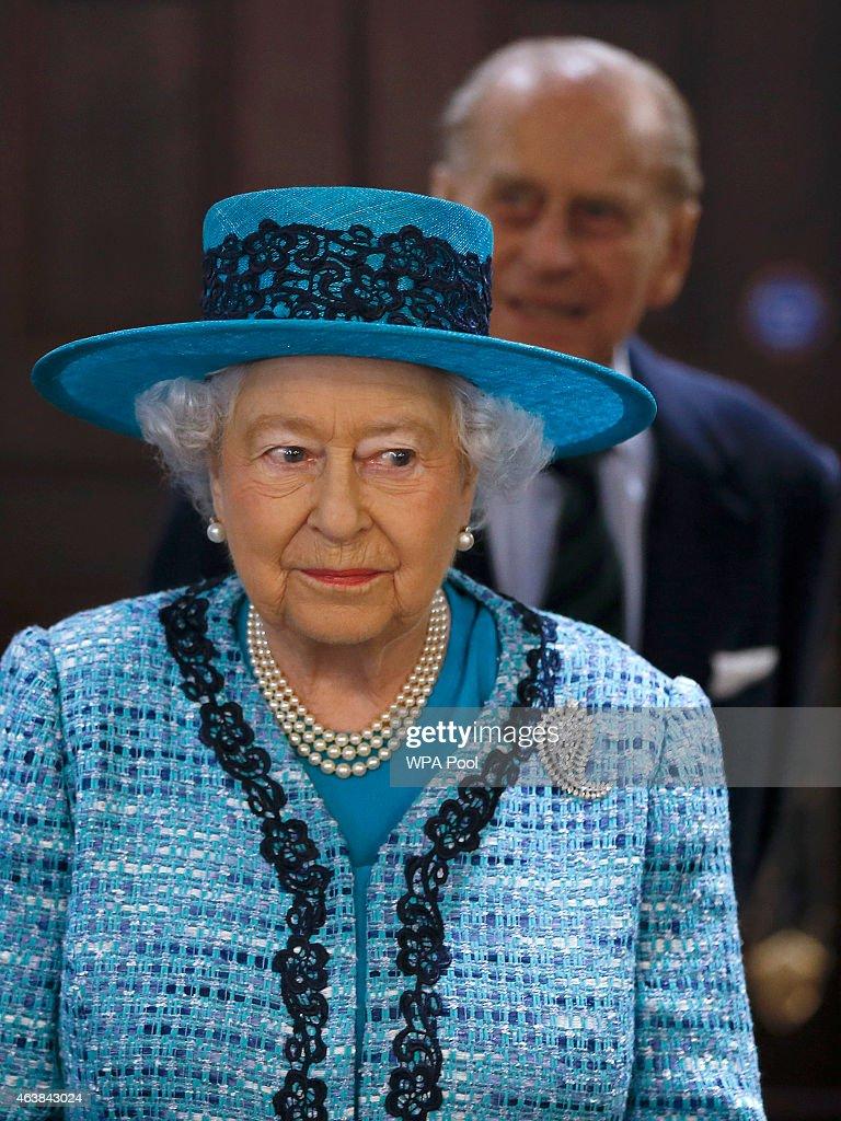 Queen Elizabeth II Reopen Canada House : News Photo