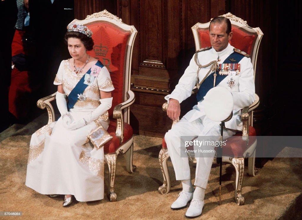 Queen Elizabeth II in New Zealand 1977 : News Photo