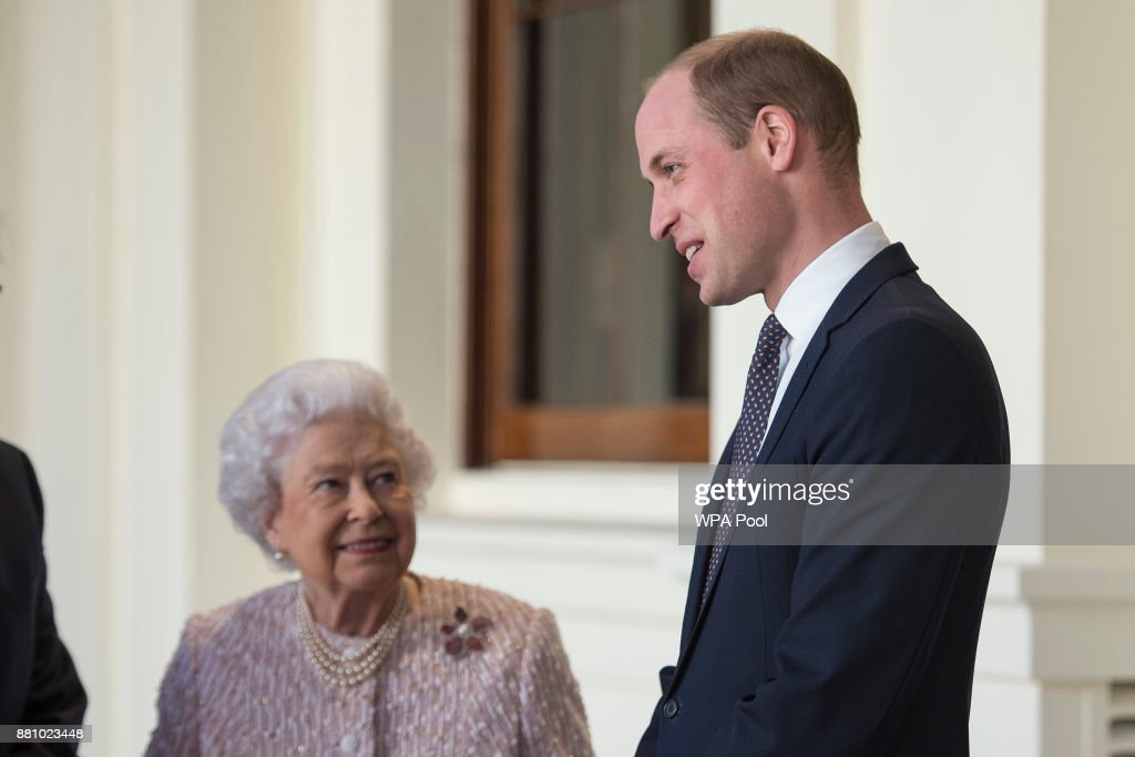 Queen Elizabeth II Receives German President Germany Frank-Walter Steinmeier At Buckingham Palace : News Photo