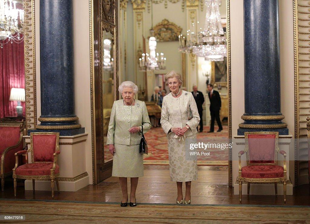 Queen Elizabeth II Hosts Reception For Princess Alexandra : ニュース写真