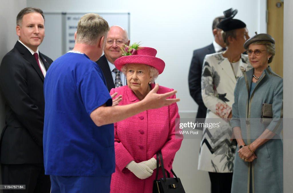 Queen Elizabeth II visit to Cambridge : News Photo