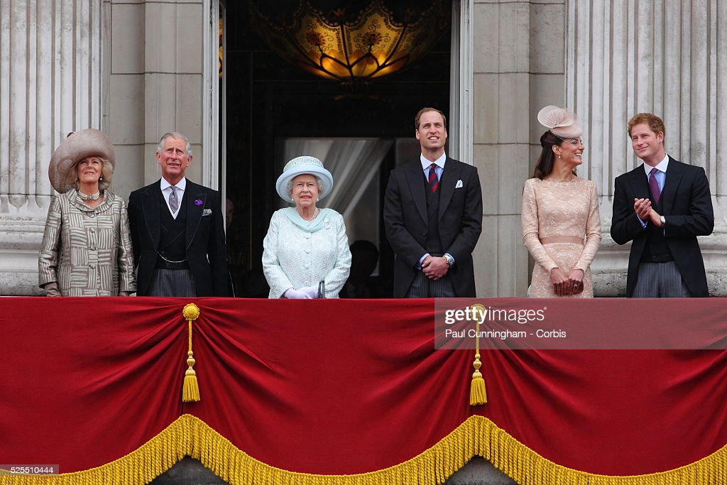 UK - Diamond Jubilee of Queen Elizabeth - Carriage Procession : News Photo